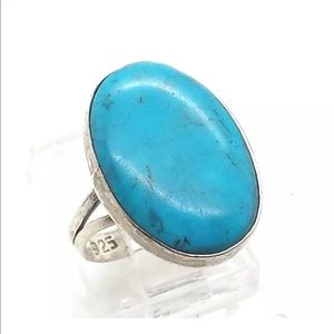 Jewelry - Navajo Oval Turquoise Ring 4g Size 5